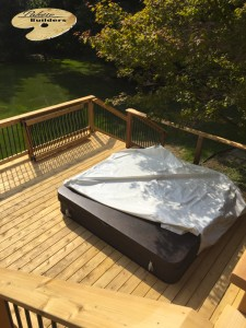 Rochester MI Deck Builder Cedar Wood Deck Hot Tub