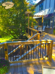 Rochester MI Deck Builder Cedar Wood Deck Custom Railing with Aluminum Balusters