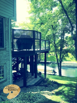 Lake Orion MI Deck Builder Trex Composite Vintage Lantern Glass Railing