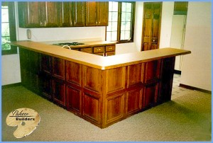 Oxford MI Finished Basements Custom Bar, Kitchen and Cabinets